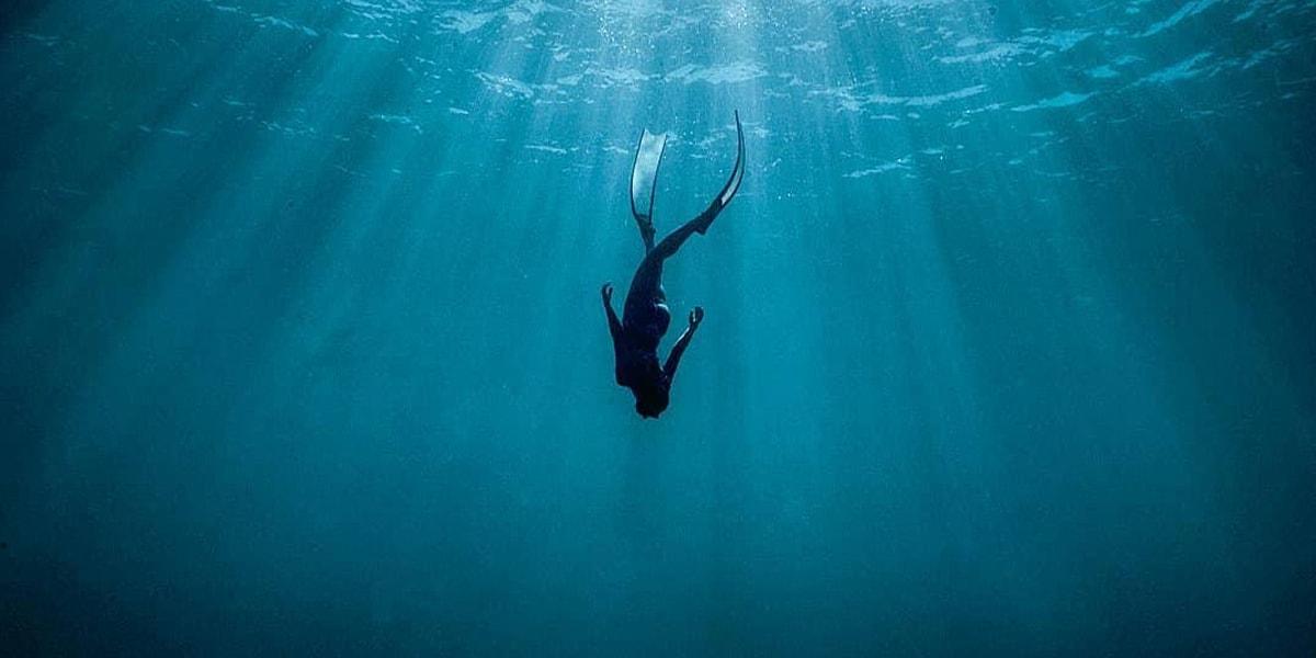 Free Diving ดำดิ่งสู่ผืนน้ำ